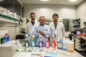 Jordi Caparros (centro) CEO de Baula